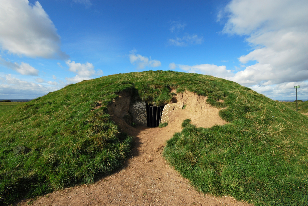 Tara: The Mound of the Hostages | A Trip to Ireland