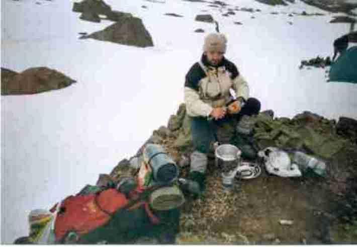 Cocinando en el campamento base