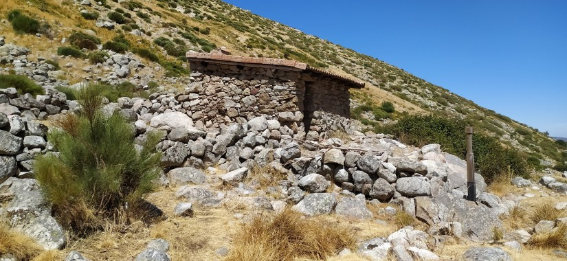 Refugio Navalacasera