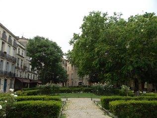 Espace vert Place de la Canourgue