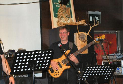 Juha on stage (Helsinki, Sep 19, 2009)