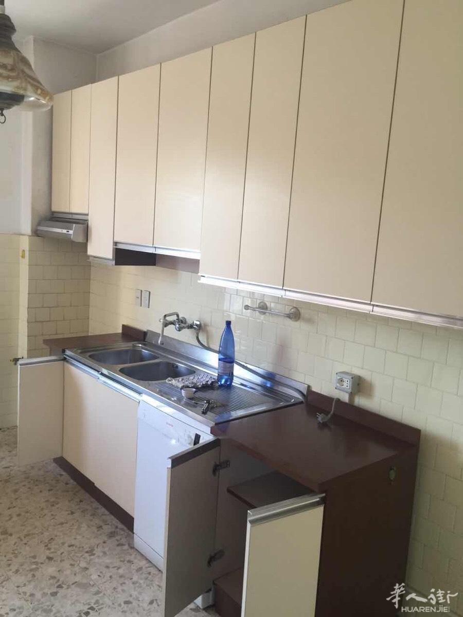 cheap kitchens kitchen solutions 图 厨房全套和大柜子便宜2手卖掉电话联系3471306 意大利普拉托居家