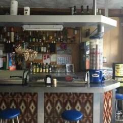 Kitchen Bars For Sale Floor Tiles 图 Reus一家酒吧转让在市中心73平方有厨房带 西班牙商铺转让 华人街