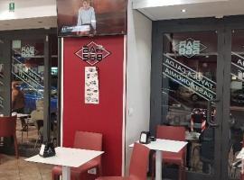 kitchen bars for sale granite top island 图 colli albani 老外酒吧转让 有厨房 2条烟囱 canna fumar 意大利
