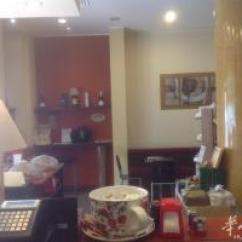 Kitchen Bars For Sale Mid Century Table 图 皮尔琴察市带小厨房酒吧出售 意大利其他城市店铺买卖 华人街 分类广告
