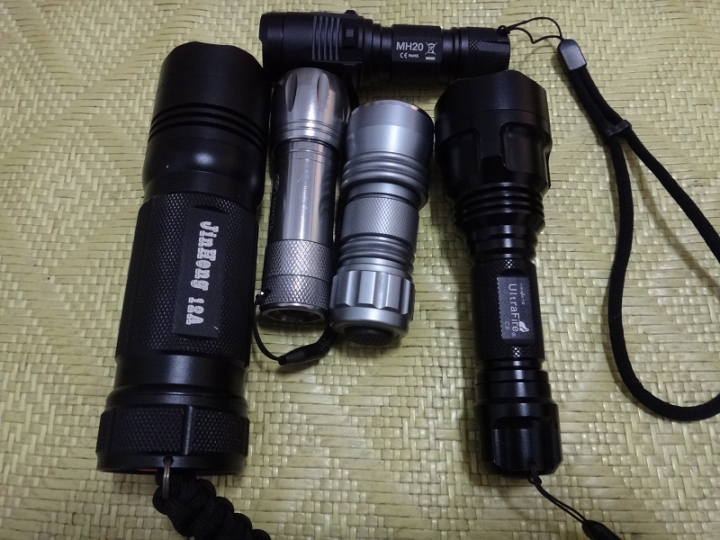 保護版18650 - 手電筒與照明 - 戶外討論區 - Mobile01