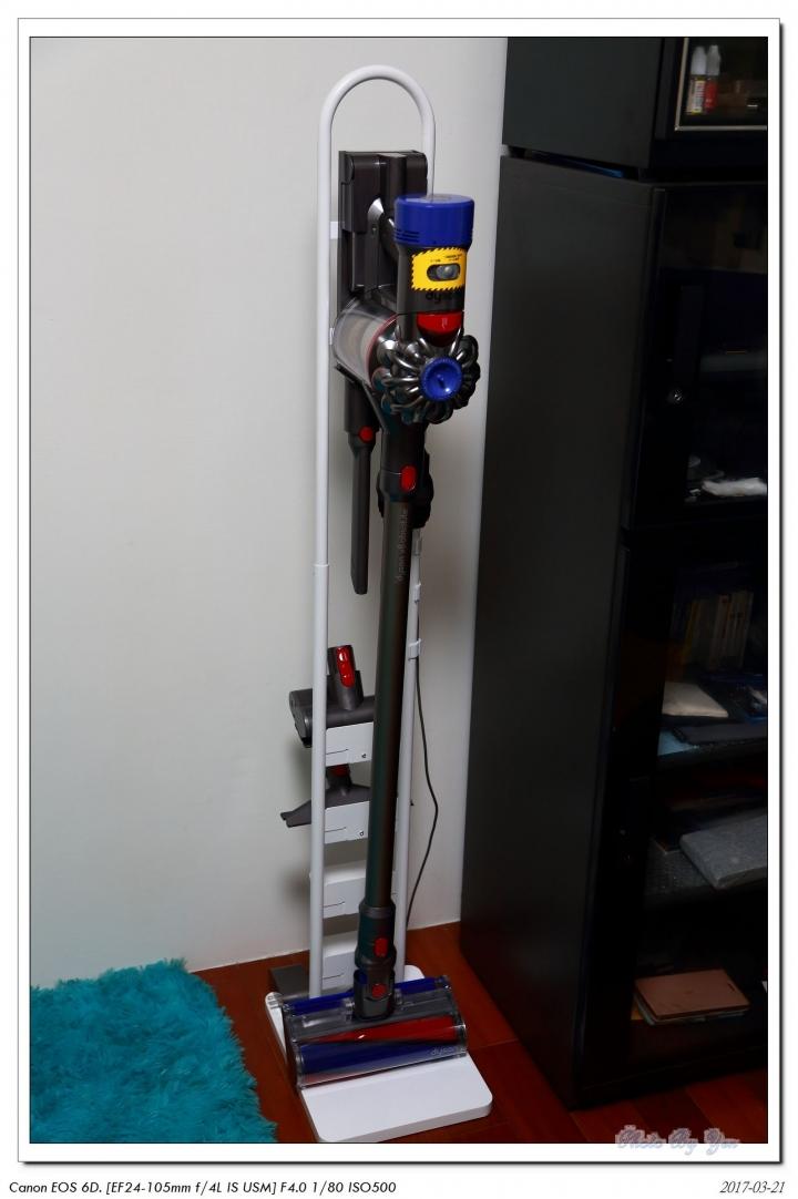 給 Dyson V8 一個舒適的家–伸晃吸塵器架 BKCSDW 開箱 - spoly的創作 - 巴哈姆特