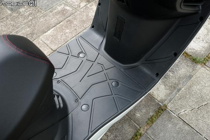 SYM RV180 Euro ABS試駕 RV魂始祖安全升等 - Mobile01