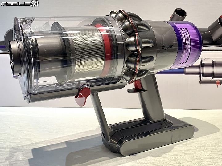 逐漸成熟的旗艦之作 - Dyson V11™ 無線吸塵器 開箱試用(對比 LG CordZero A9) - Mobile01