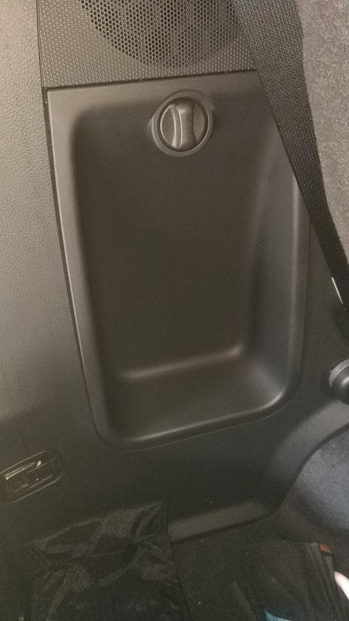 2020年式8人座LUXGEN M7開箱 - Mobile01