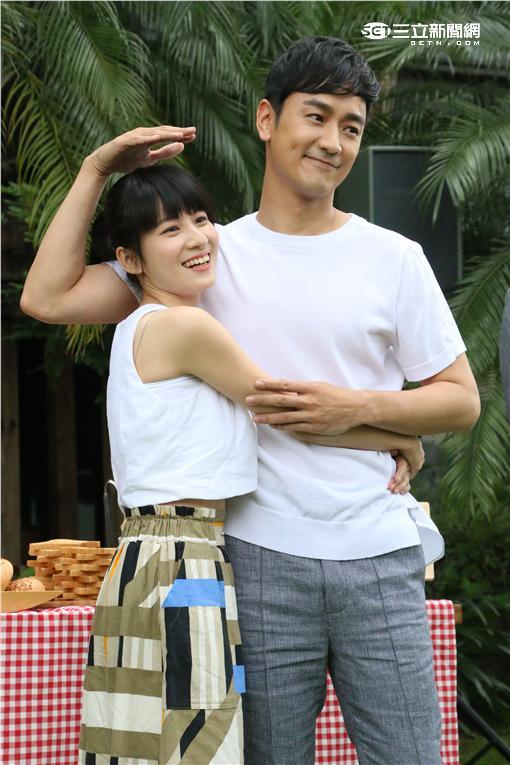 連俞涵「最萌身高」配林佑威 大叔一個轉身找不到小蘿莉 | 娛樂星聞 | 三立新聞網 SETN.COM