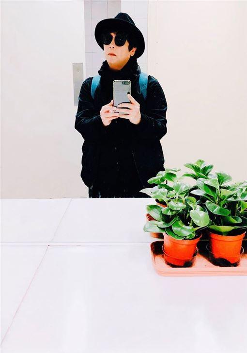 高以翔猝逝/曹西平含淚盼雙親保重 「你的兒子真的很棒」   娛樂星聞   三立新聞網 SETN.COM