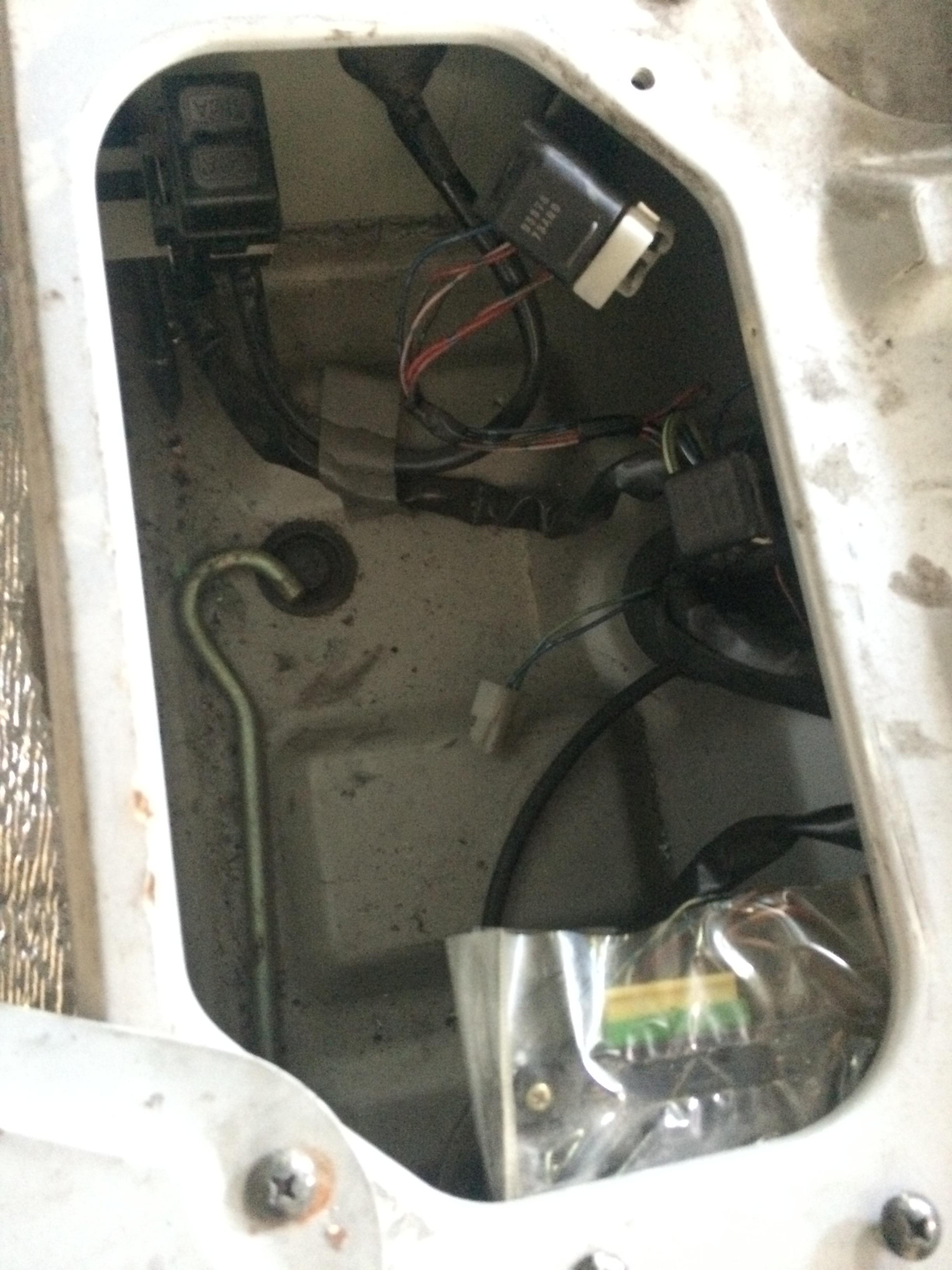 hight resolution of suzuki multicab fuse box electrical work wiring diagram u2022 suzuki burgman bag suzuki burgman 400