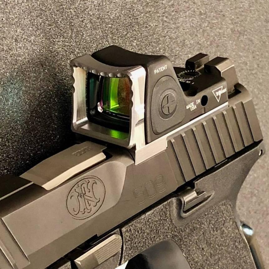 weapon armament research rmr guard for trijicon RMR pistol optic  1.jpg