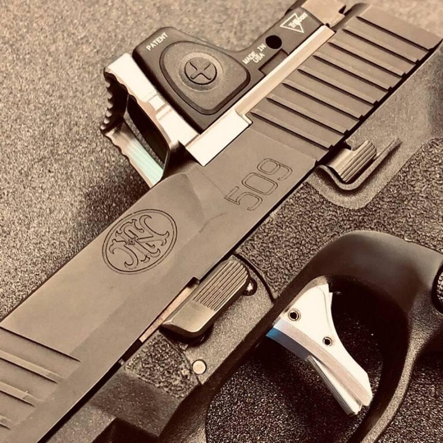 weapon armament research rmr guard for trijicon RMR pistol optic 2
