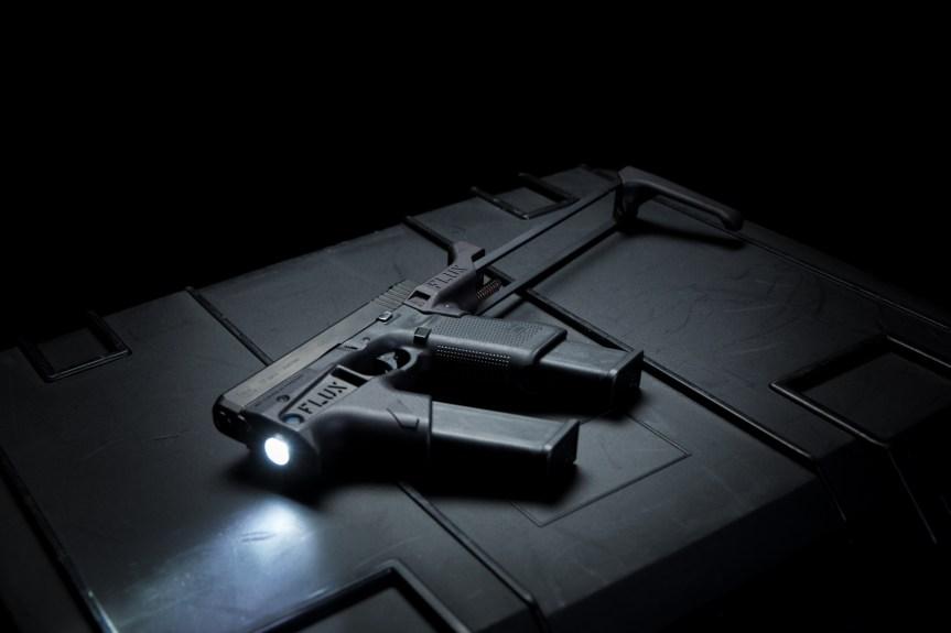 flux defense flashmag flux lightmag glock forward grip no sbr magazine holder for glock pistol glock kriss vector  1.jpg