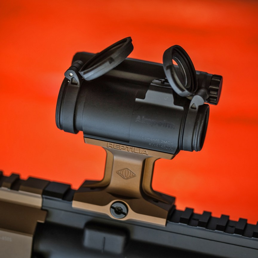 reptilia corp 1.93 dot mount aimpoint at 1.93 inches hi ar15 red dot mount 1.jpg