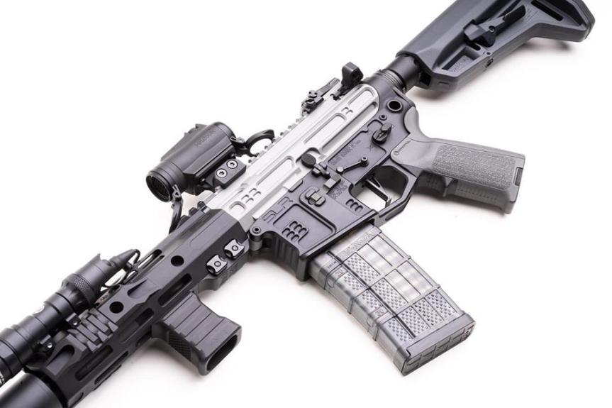 slr rifleworks billet aluminum vfg vertical foregrip baracade handstop Mlok vertical grip 1