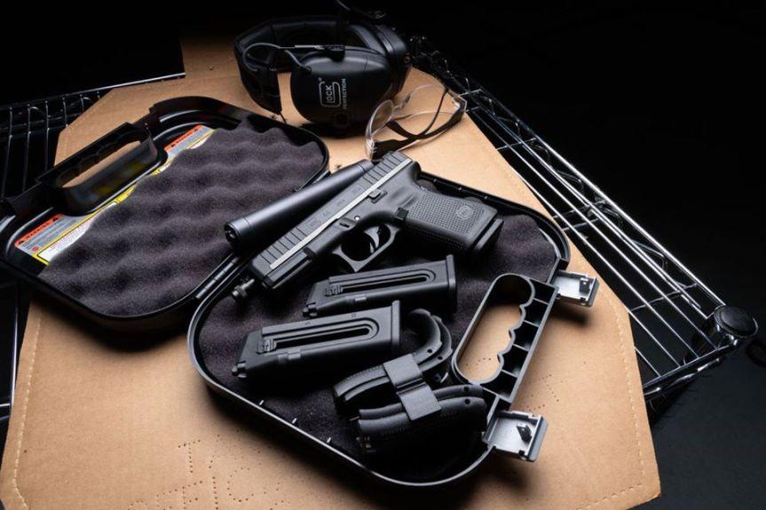 glock 44 g44 glock 22lr rimfire glock pistol.jpg