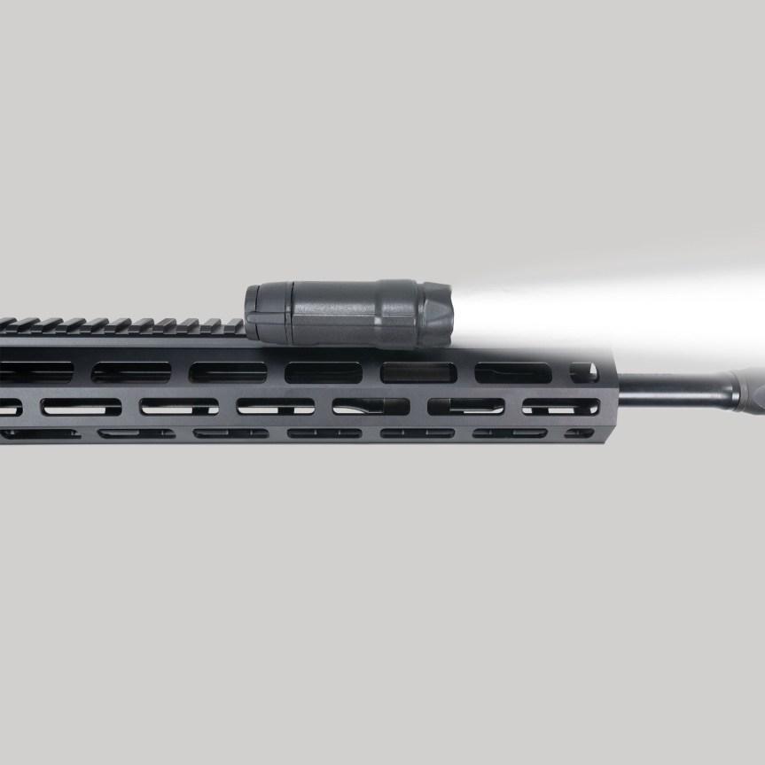 crimson trace cmr-301 railmaster laser and light ar15 3