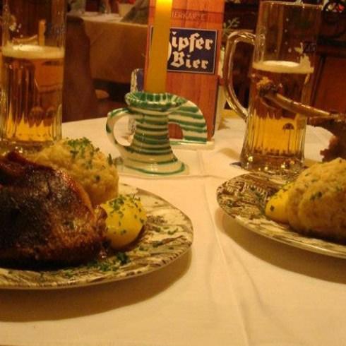 Martinigansl im Restaurant Bachtaverne - Weyregg am Attersee