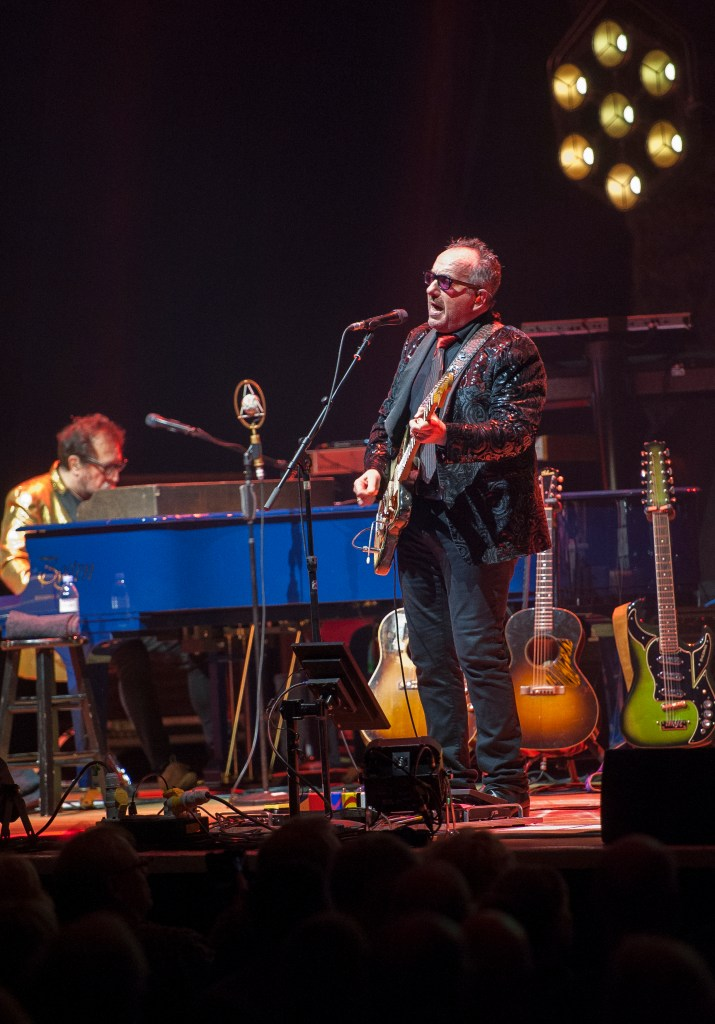 elvis costello sheffield city hall 7.3.20 by mike ainscoe 10