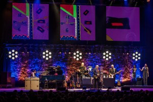 elvis costello sheffield city hall 7.3.20 by mike ainscoe 13