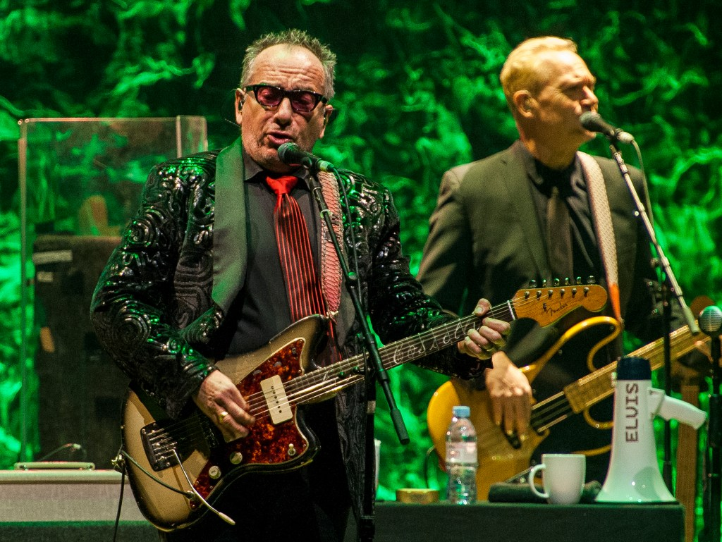 elvis costello sheffield city hall 7.3.20 by mike ainscoe 8