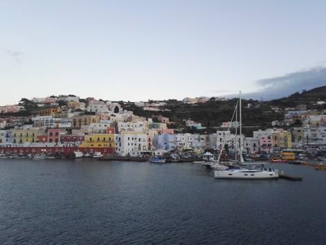 Arriving to Ponza harbour