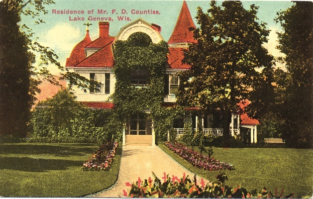 To the west of Villa Hortensia on the north shore is Alta Vista, thought to best demonstrate Shaw's European design influence. It was built in 1920 for Colonel William Nelson Pelouze after the grand Victorian-style home on the property burned to the ground.