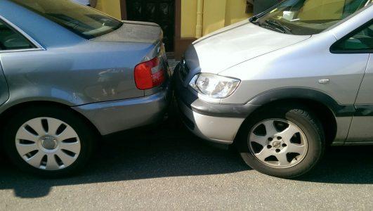 Haftungsfragen bei Unfällen auf Parkplätzen und Parkhäusern