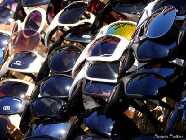 O perigo do uso de óculos falsificados