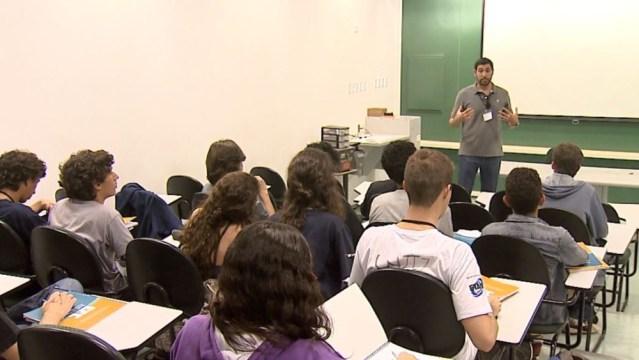 Universidade de Salvador está oferecendo cursos gratuitos