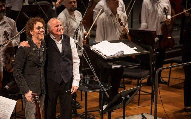 Nando Reis se apresenta em Salvador com a Orquestra Petrobras Sinfônica