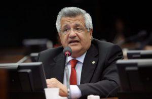 Bacelar mantém pré-candidatura a prefeito