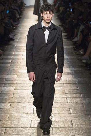 Hoodie + bow tie = the new men's trend.
