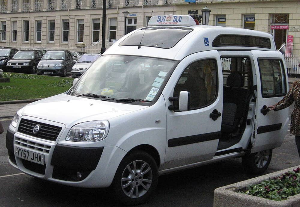accessible taxi image