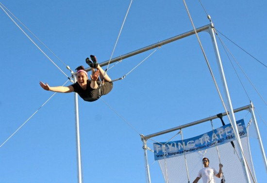 flying trapeze, trapeze,