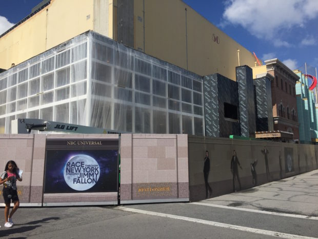 race through new york starring jimmy fallon universal orlando exterior 2