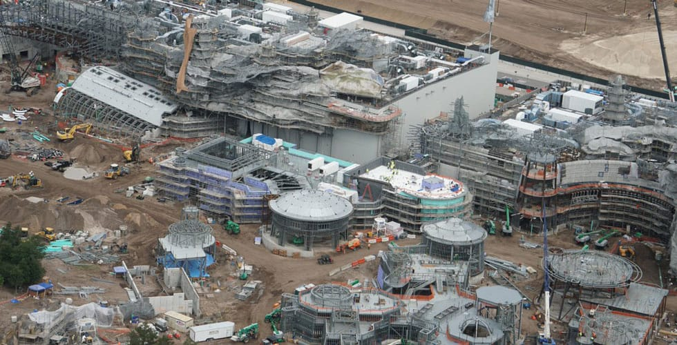Overview of Star Wars: Galaxy's Edge construction