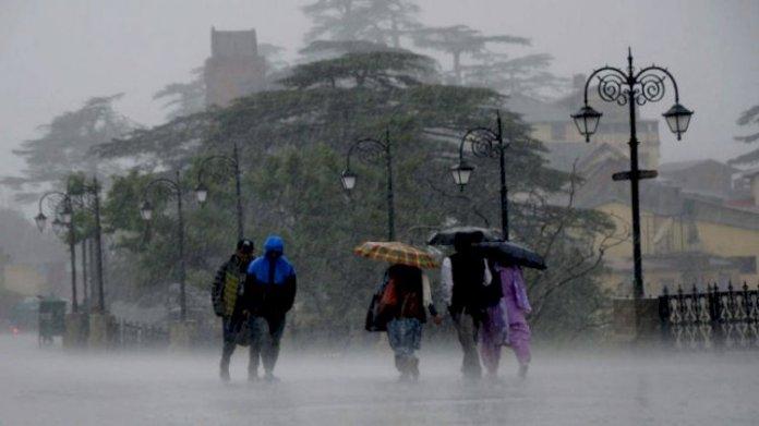 बरसात में रखें सावधानियां, तब रहें सुरक्षित