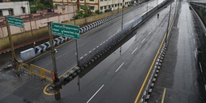 तमिलनाडु की सरकार ने मंगलवार को राज्य में लॉकडाउन को 31 अक्टूबर तक के लिए बढ़ा दिया है