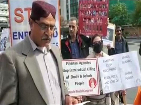 बलूचिस्तान में युवकों के अपहरण और हत्याओं के खिलाफ बलूच विरोध में सिंधी भी शामिल हुए