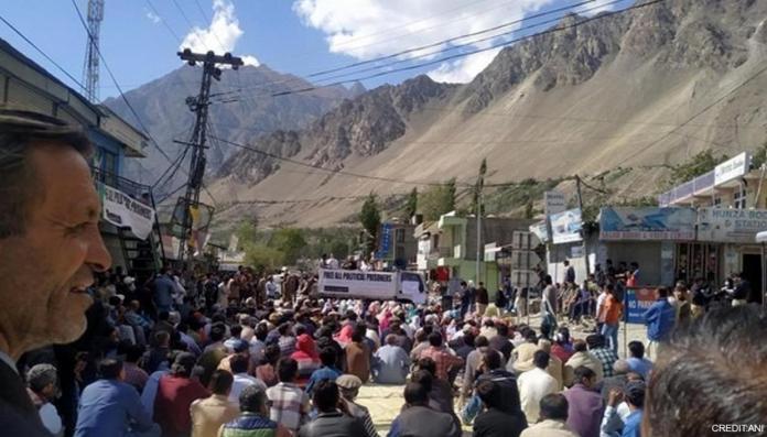 कब्जे वाले गिलगित बाल्टिस्तान में बड़े पैमाने पर विरोध प्रदर्शन जारी है