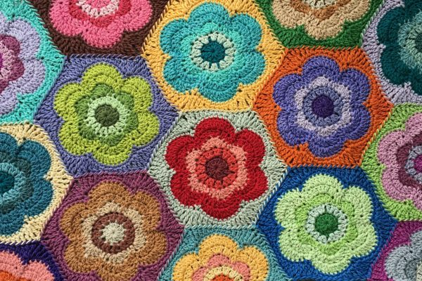 Vintage Flower Hexagon Crochet Motif