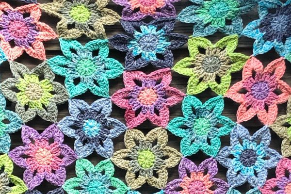 Faded Flowers Shawl Crochet pattern