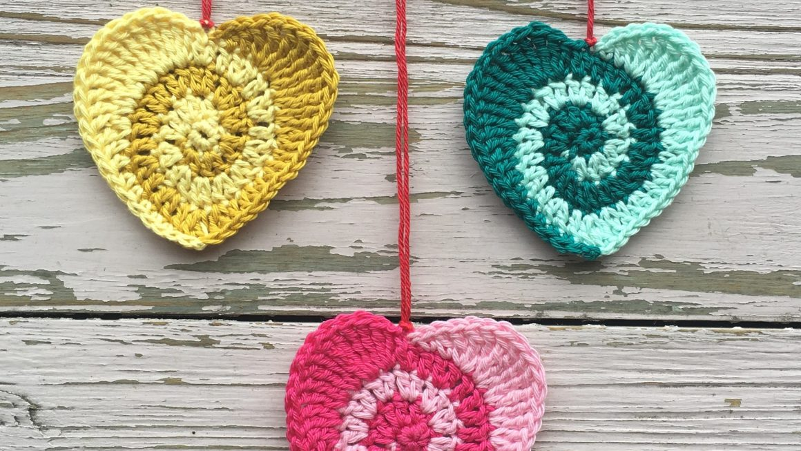 Swirly Heart Free Crochet pattern
