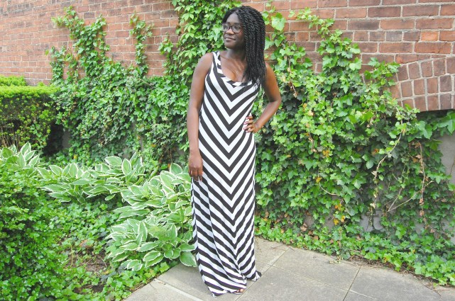Black+white striped dress wo belt