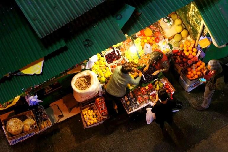 Temple Street in Hong Kong Fruit