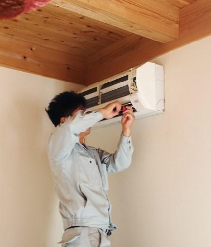 エアコンのカビとログハウスのカビを防ぐ方法発見。